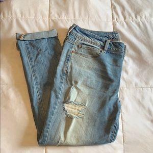 American Eagle Crop Distress Jeans